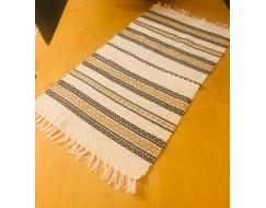 Covor de lana lucrat manual