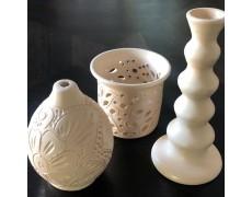 Set de trei obiecte din ceramica alba